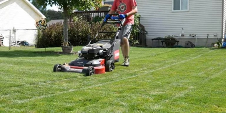 What is the Advantage of Large Rear Wheels On a Lawn Mower